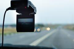 Registrador dianteiro do carro da câmera Carro DVR no para-brisa Fotografia de Stock Royalty Free