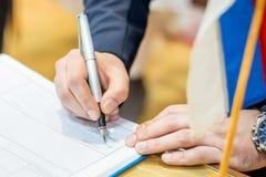 Registrazione di firma del matrimonio Fotografie Stock