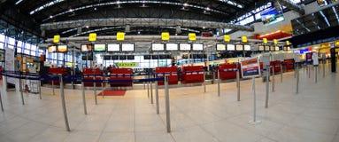 Registrazione nell'aeroporto di Praga Immagini Stock Libere da Diritti