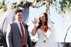 Registro exterior do casamento fotografia de stock royalty free