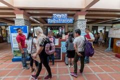 Registro turístico de sept 20,2017 en Basco Airport, Batanes Foto de archivo