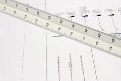 Regla de la escala en el dibujo Imagenes de archivo