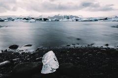 Reglas de Islandia: Hielo foto de archivo