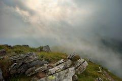 Regn i Carpathiansna Arkivfoton