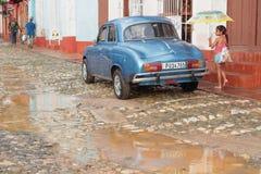Regn i gatorna av Trinidad Royaltyfri Bild