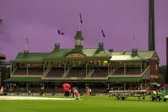 Regna den tvättade Indien Sydafrika matchen i Sydney Cricket Groun Royaltyfria Bilder
