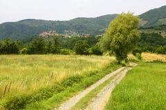 Regnano,老村庄在托斯卡纳 免版税库存照片