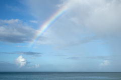 Regnbåge över det karibiska havet 1 Royaltyfria Foton