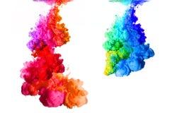 Regnbåge av akrylfärgpulver i vatten illustrationen för fractals för explosionen för abstrakt bakgrundsfärg texturerade den digit royaltyfri fotografi
