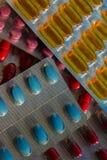Regnbåge av preventivpillerar Arkivbilder