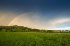 regnbåge efter storm Royaltyfri Foto