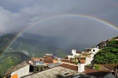 Regnbåge i Sa-PA Arkivfoton