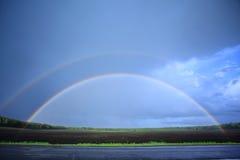 Regnbåge i skyen Arkivfoton