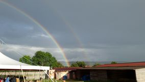 Regnbåge i Taizé Royaltyfri Bild
