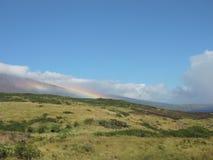Regnbåge på berget Royaltyfri Foto