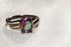 Regnbåge Topaz Ring Royaltyfria Foton