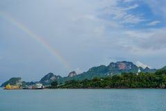 Regnbåge under havet nära Samui Arkivbilder