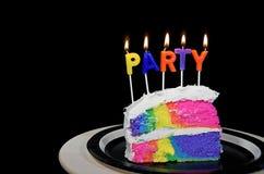Regnbågefödelsedagkaka Arkivfoto