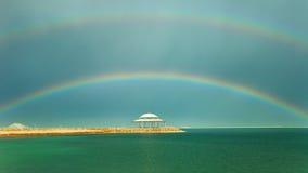 Regnbågen över havet Royaltyfri Bild