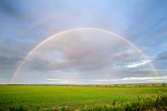 Regnbågen Arkivfoto