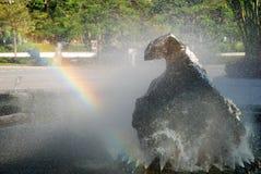 Regnbågen och vaggar trädgården Fotografering för Bildbyråer