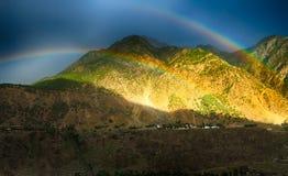 Regnbågeräkningsberg Royaltyfri Bild