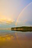regnbågesoluppgång Arkivbilder