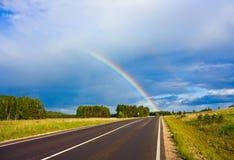 regnbågeväg till Royaltyfria Foton
