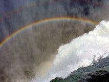 Regnbågevattenfall arkivfoton