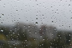 Regndroppar i kallt väder Arkivfoto