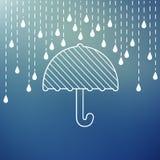 Regnen auf einem Regenschirm Lizenzfreies Stockfoto