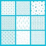 Regnen Sie des Musterhintergrundes der Rückgänge stilvollen Hintergrund des nahtlosen regnerischen Rückgangs-Musters Regentropfen Stockfoto