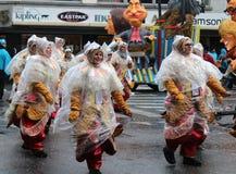 Regnerische Karnevalsparade Stockbilder