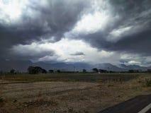 Regnerische Wolken stockfoto