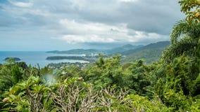 Regnerisches Landschaft-timelapse vom Standpunkt, Karon-Strand, Kata Beach, Patong-Strand in Phuket-Insel, Thailand stock footage
