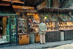 Regnig dag på Pontevecchio, Florence, Italien Royaltyfria Foton