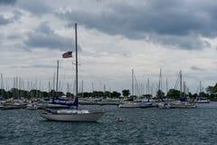 Regnig eftermiddag på Montrose Harbor Royaltyfri Bild