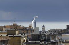 Regnig himmel i Genua Arkivfoto