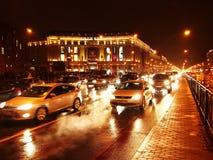 Regnigt v?der i St Petersburg Dyster och regnig stad p? den Neva floden Detaljer och n?rbild royaltyfri bild