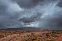 Regnstorm över det ökenUtah landskapet Fotografering för Bildbyråer