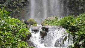 Regnvattenfall lager videofilmer