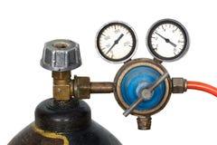 Regolatore di pressione del gas con il manometro (isolato) Fotografia Stock