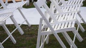 Regolazione all'aperto di nozze in altare di osservazione di Washington e tavole di cena Immagini Stock Libere da Diritti