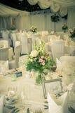 Regolazione d'annata della tavola di nozze Fotografia Stock