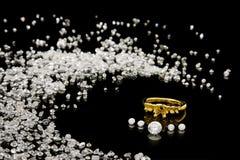 Regolazione dell'anello di diamante Fotografie Stock Libere da Diritti