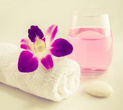 Regolazione della stazione termale con gli asciugamani Immagine Stock