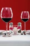 Regolazione della tabella del vino rosso Fotografia Stock