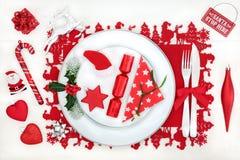 Regolazione della Tabella di divertimento della cena di Natale Fotografia Stock Libera da Diritti