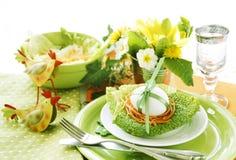 Regolazione della tabella di Pasqua immagini stock libere da diritti