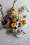 Regolazione della tavola di Pasqua Fotografia Stock Libera da Diritti